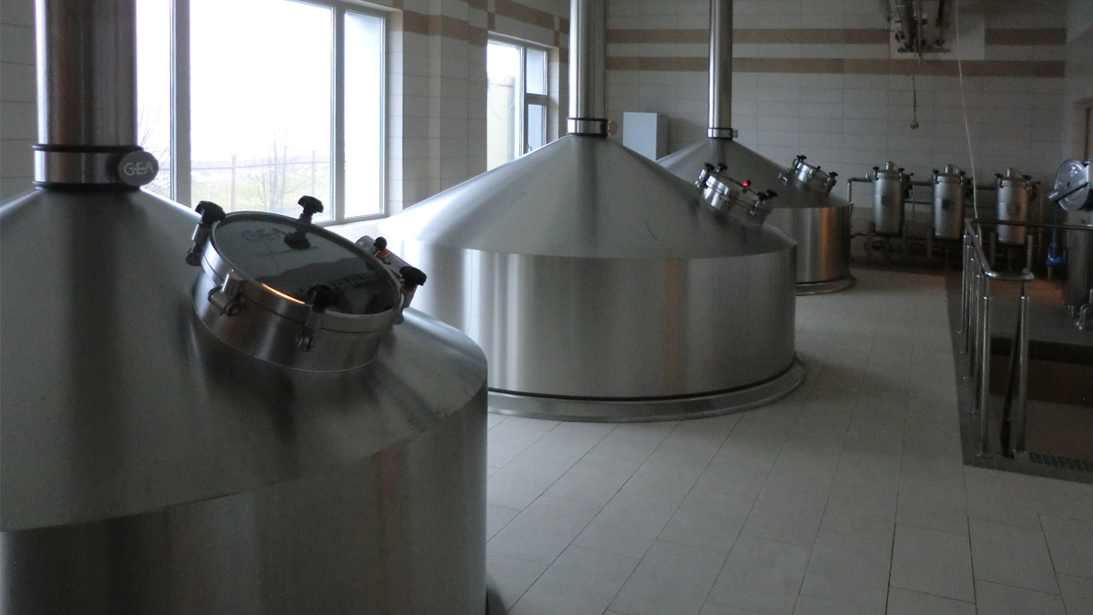 COMPACT-STAR™ Craft Brewhouse 70hl inserted ceiling