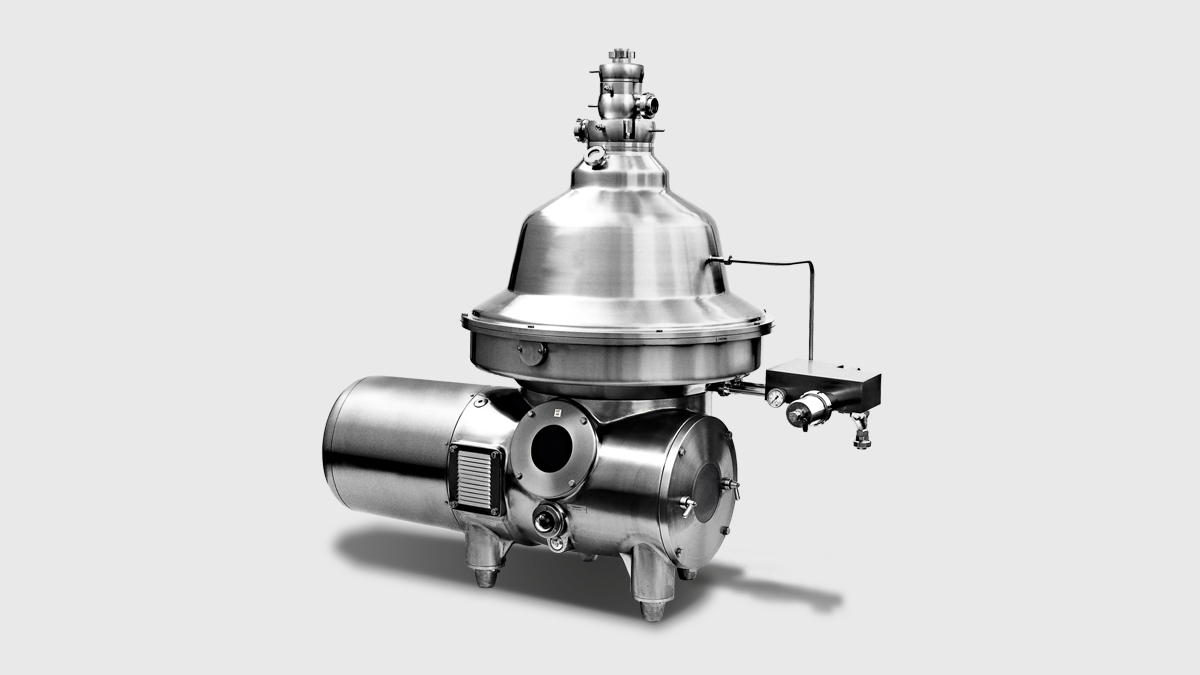 Separators for recovering plasma and meal from animal blood