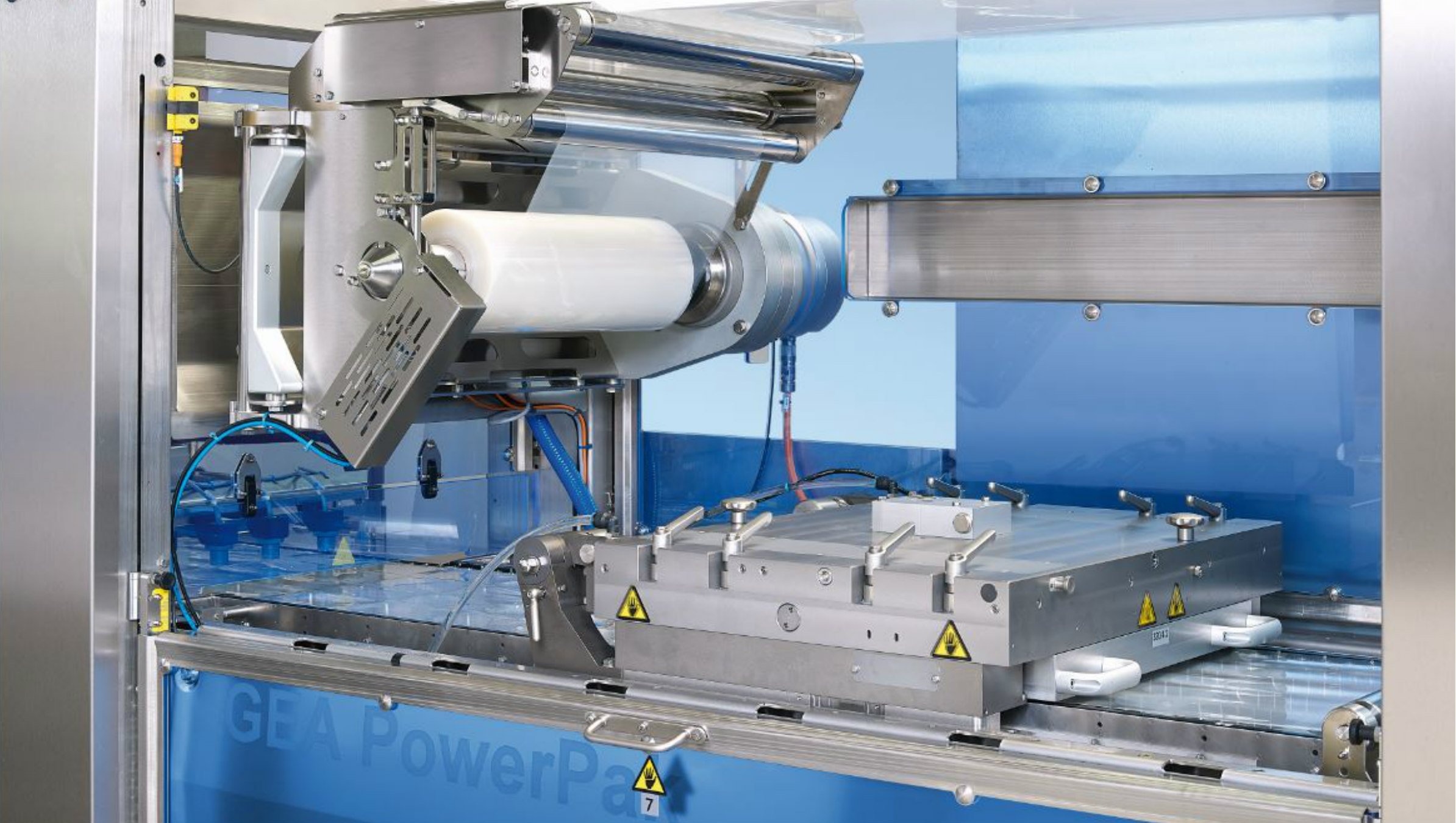 GEA premieres its PowerPak PLUS thermoforming packaging machine