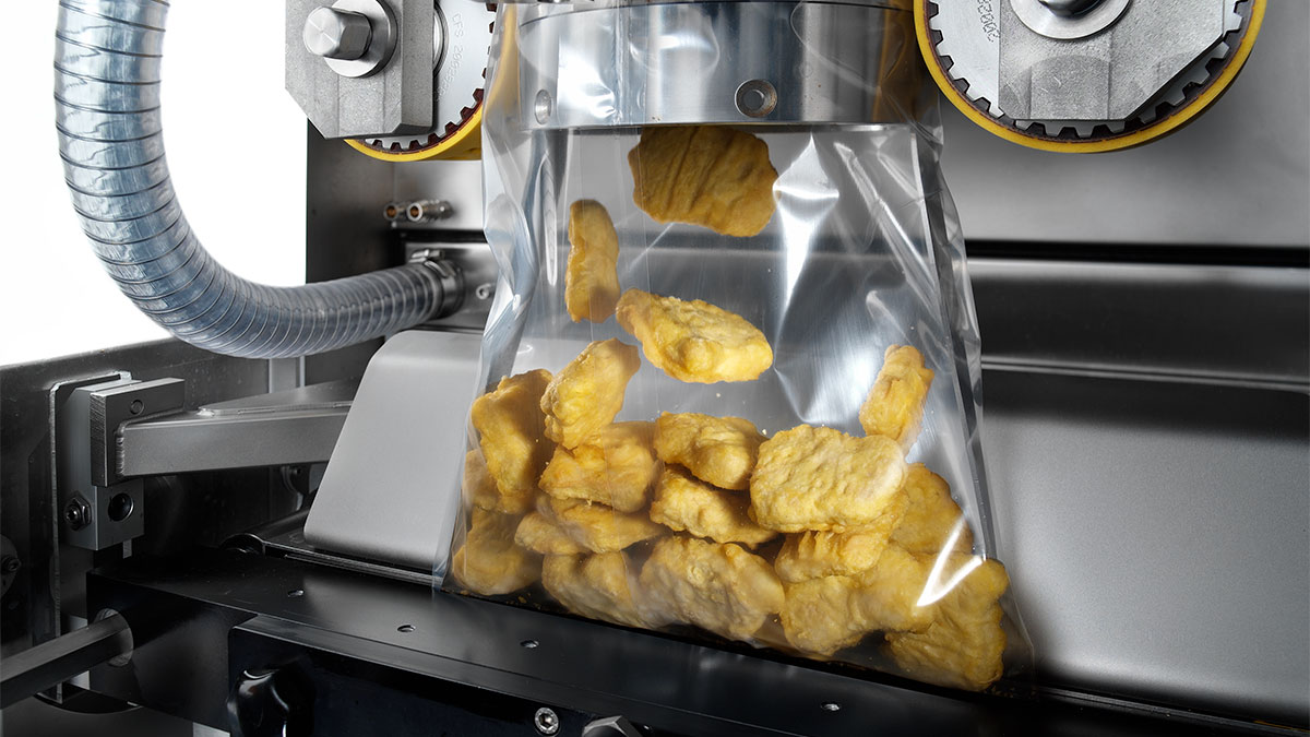 GEA SmartPacker packing Chicken nuggets