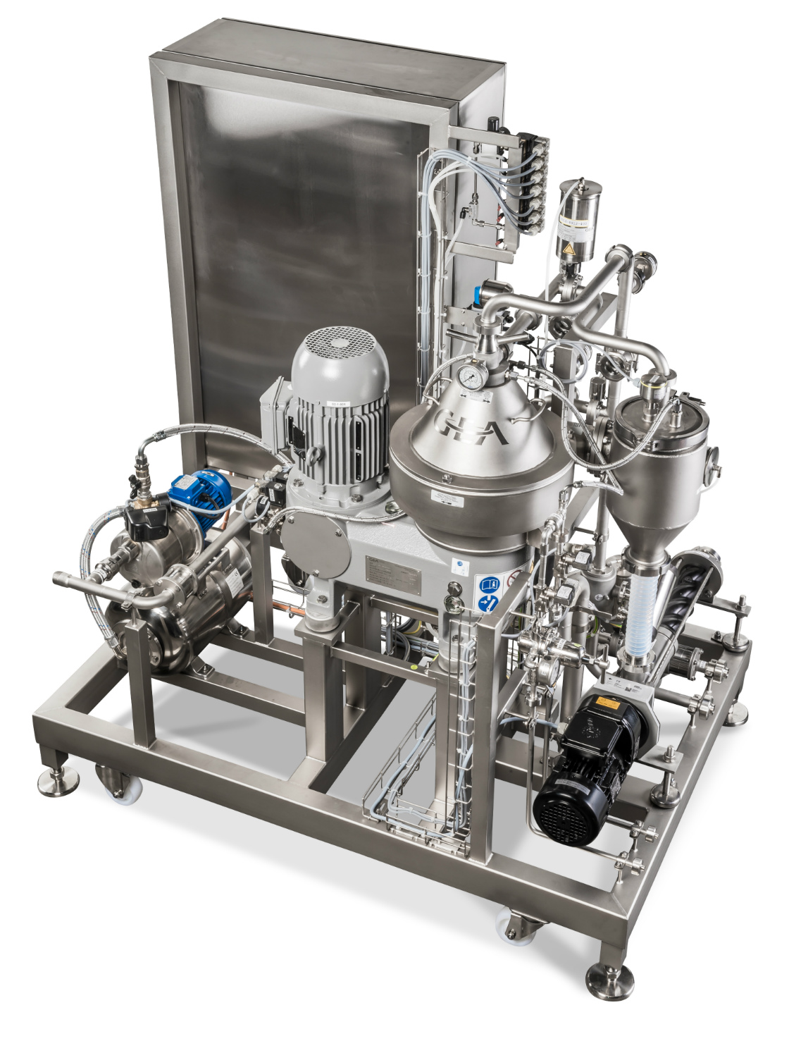 Available in four sizes, the preassembled GEA Plug & Win compact separator integrates into your existing piping matrix and is ready for immediate use. Image: GEA