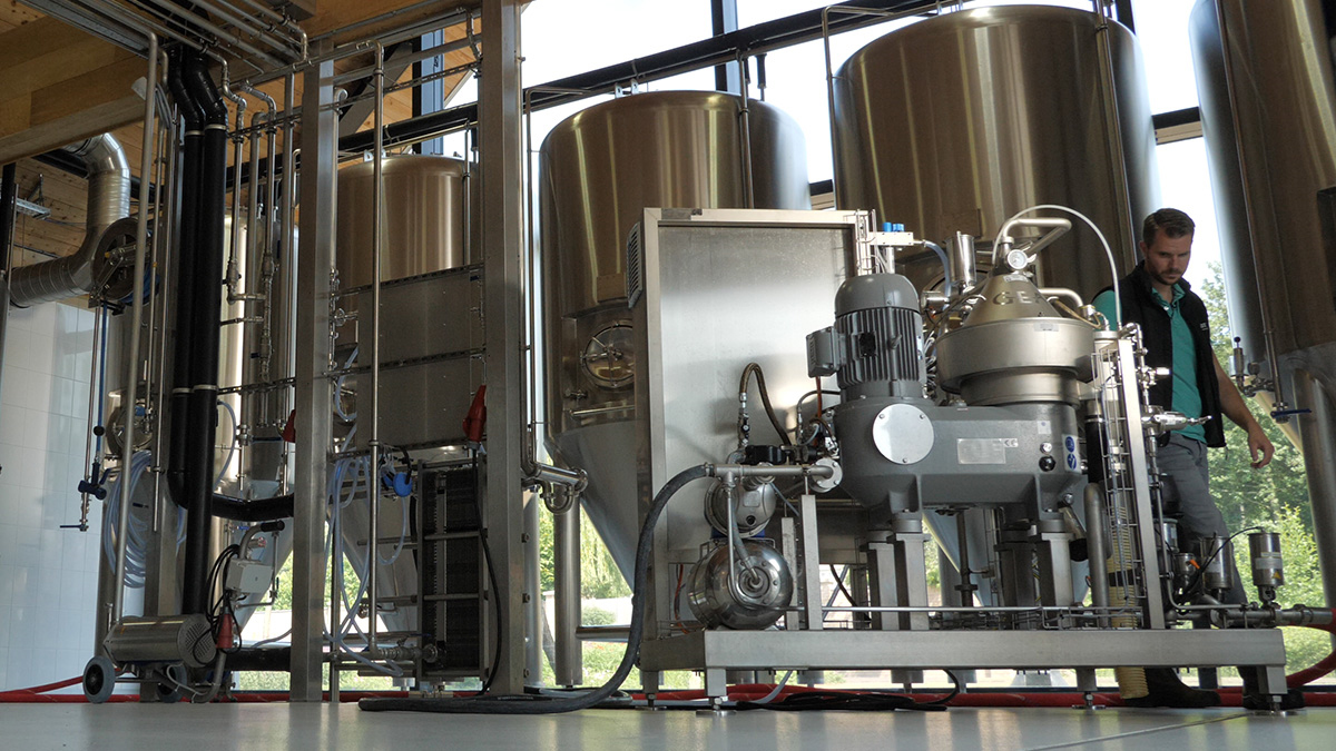 GEA beer clarifier at craft brewery Othmar