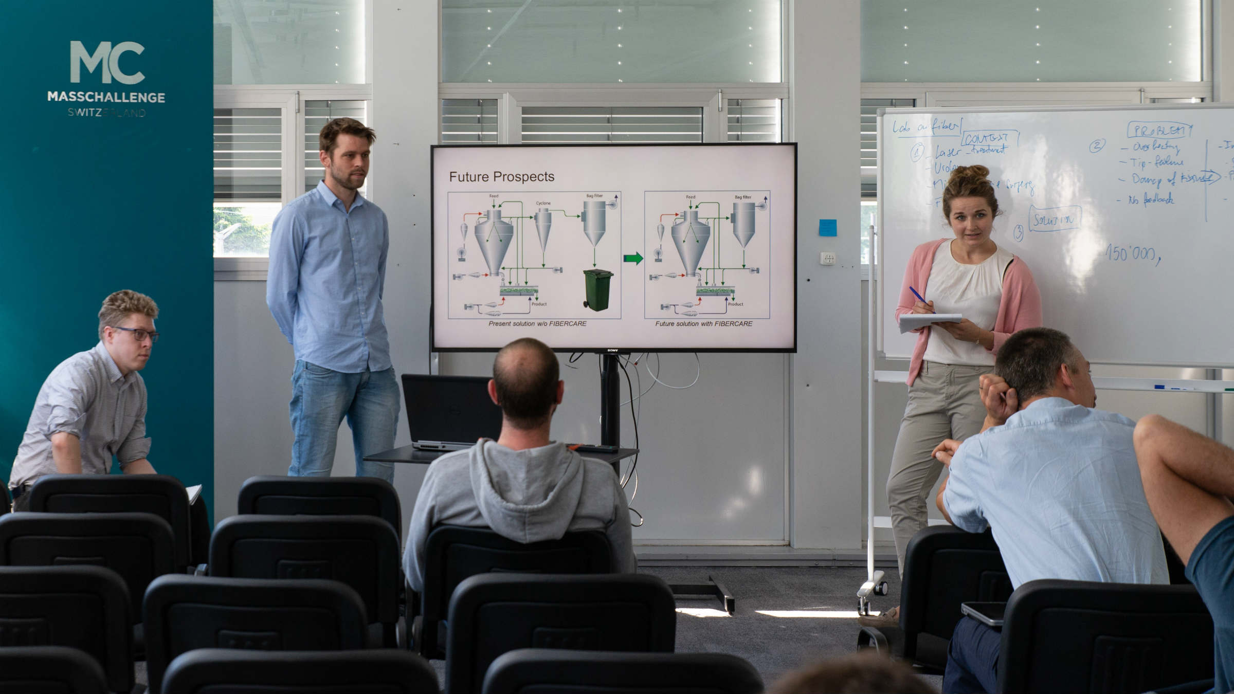 A GEA team gains valuable experience presenting its own idea for a bag filter made of natural materials, MassChallenge Switzerland, 2017 (l to r: Todd Siwik, Sikker Rosendal (GEA Drying), Maddie Drewiske (GEA Dairy)).