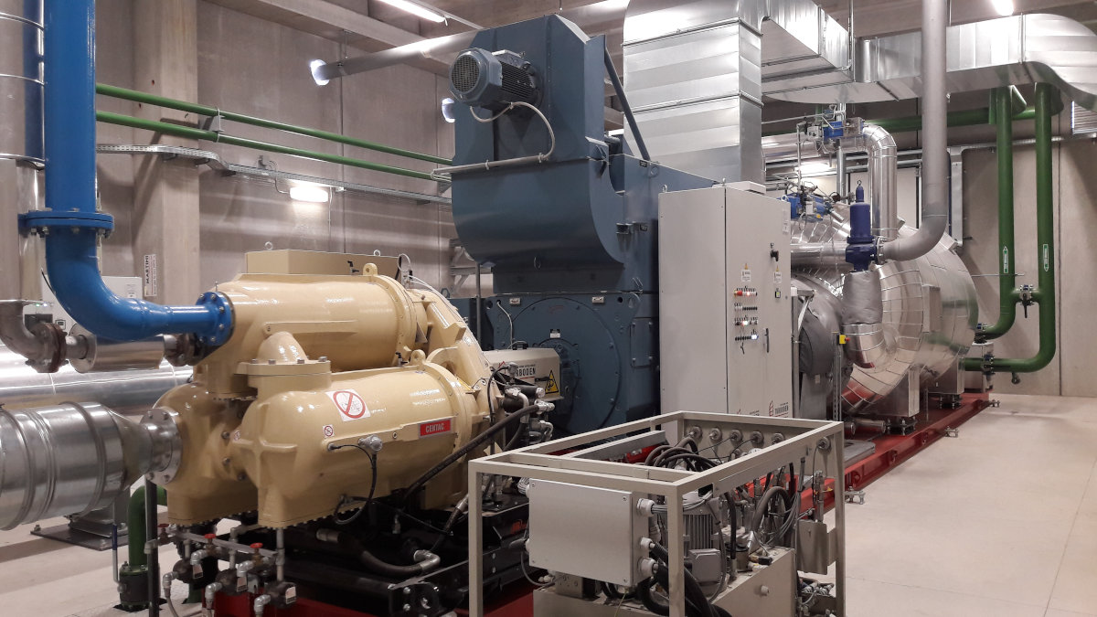 ORC turbine with generator and air compressor at Pisa plant (Italy) (Photo: GEA)