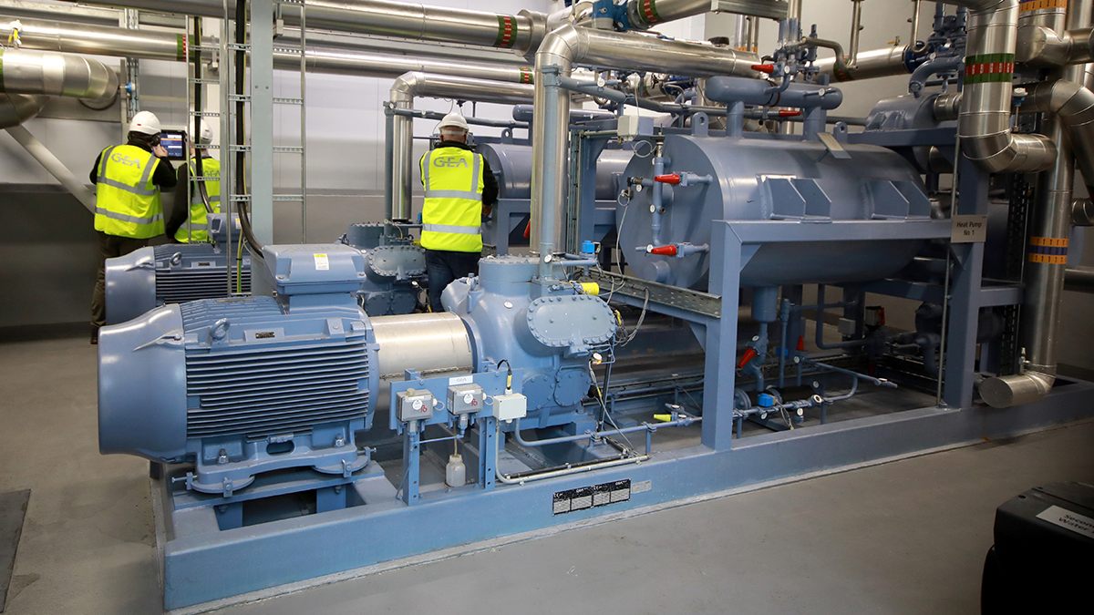 GEA heat pump system installed at Aurivo, based on GEA Grasso 65HP reciprocating compressor