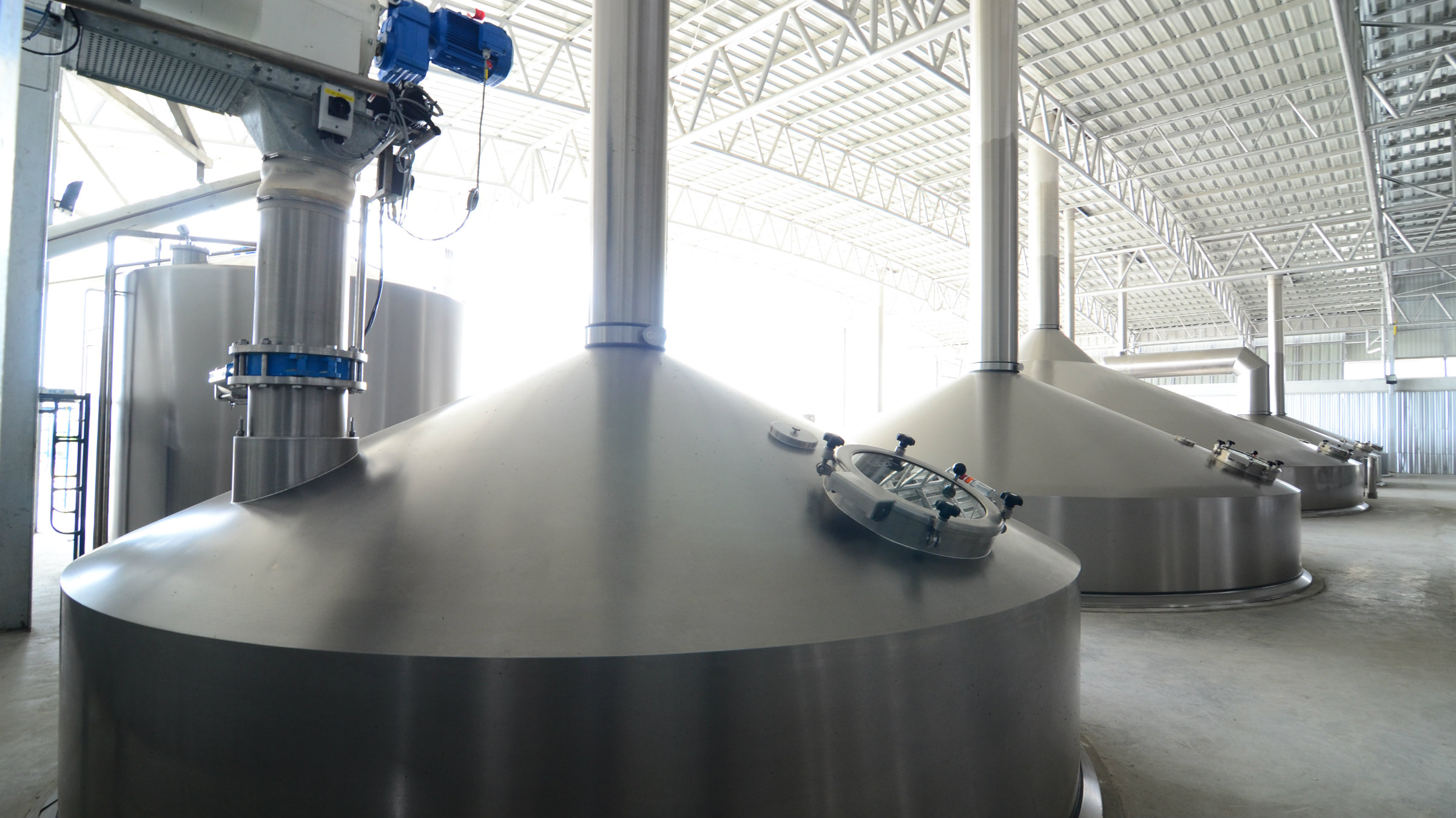 Brewhouse at Boon Rawd Brewery, Banglen, Thailand, featuring 13 meter wide lauter tun from GEA which casts 1,500 hl with each brew.